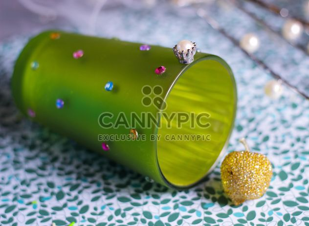 Vanilla still life with pearls and glitter - Free image #342111
