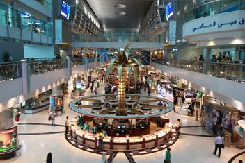 Interior of Dubai International Airport - бесплатный image #344531
