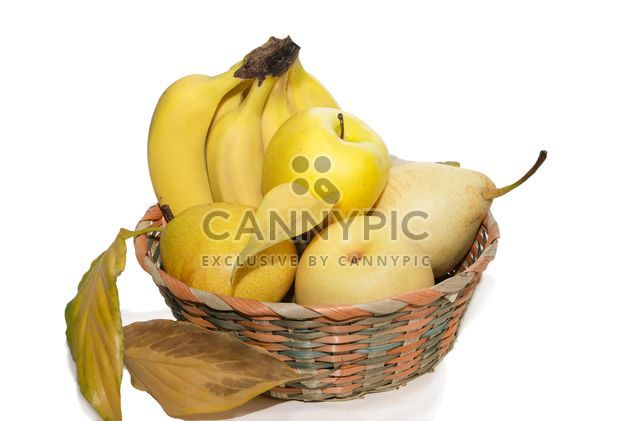 Bananas, pears and apples in basket - бесплатный image #350281