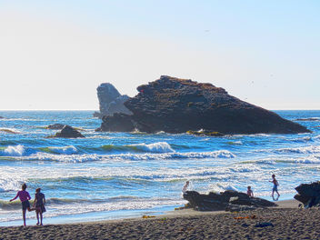 Big Rock - Desembocadura Beach - image #350781 gratis