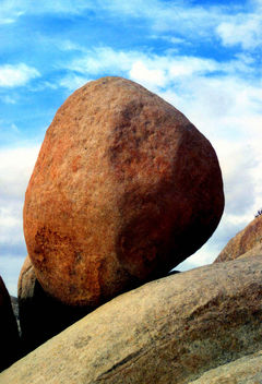 Perfect Balance Boulder, California Desert - бесплатный image #426531