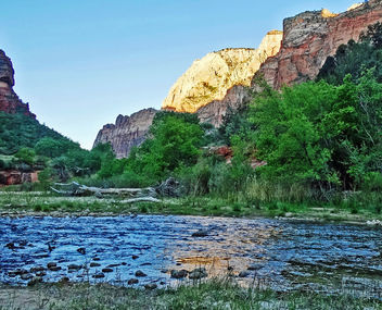 Sunrise on the Virgin, Zion NP 5-14 - Kostenloses image #431151