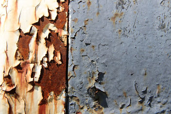 Peeling Train Paint - image gratuit #447491