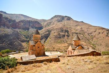 Ancient Noravank monastery in the mountains of Armenia - image #449581 gratis