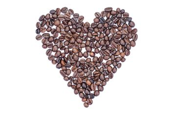 Coffee beans in shape of heart - бесплатный image #451871