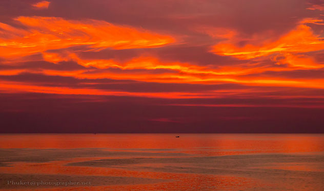 Apocalyptic sunset in the sea near Koh Lanta, Thailand XOKA3149s - image gratuit #452861