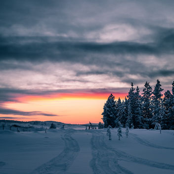 Cold Sunset - Ivalo, Finland - Landscape photography - Free image #458821