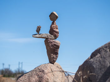 Balanced Rock Sculpture - бесплатный image #460601