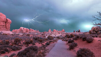 I was Lightning Before the Thunder - image #473651 gratis