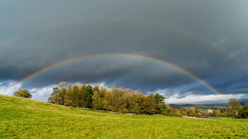 Rainbow over Sizergh Castle (1 of 2) - image gratuit #475731