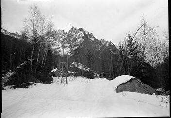 Mountain scene. From 13x18 cm. plan film. - image gratuit #478781